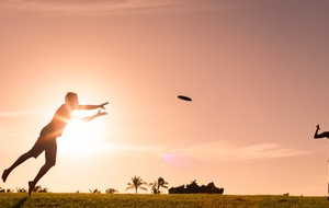 This Ultimate Frisbee player made an incredible shot using their foot