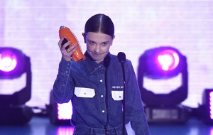 Millie Bobby Brown dedicates gong to gun victims and praises March For Our Lives
