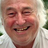 Heartbeat star Bill Maynard dies at 89