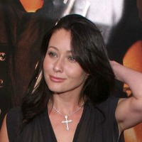 Shannen Doherty 'staying positive' after cancer test results