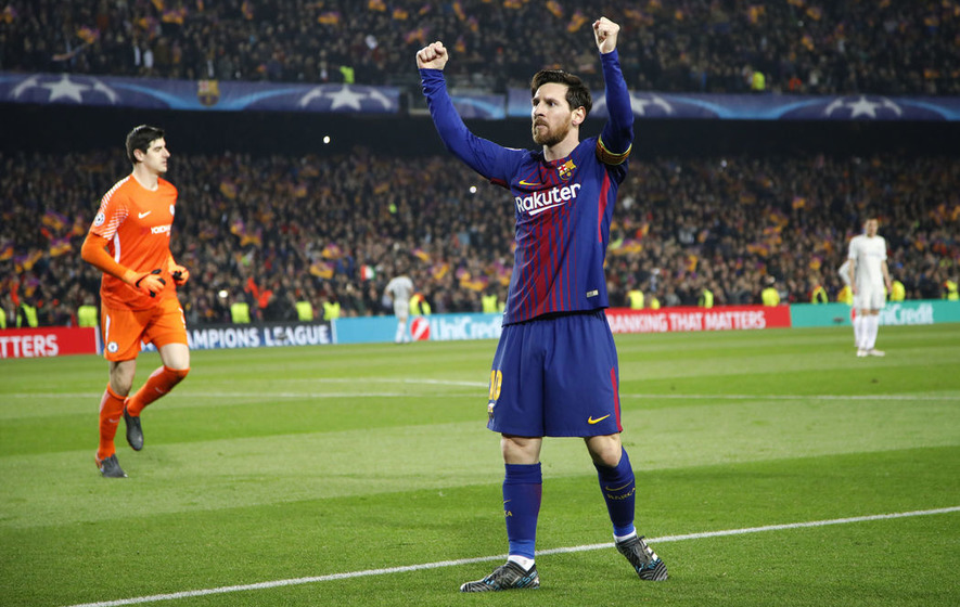 Lionel Messi hat-trick helps Barcelona equal record unbeaten streak