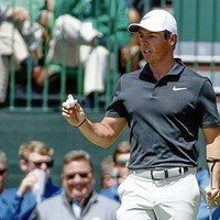 Rory McIlroy makes solid start at the Masters as Jordan Spieth leads
