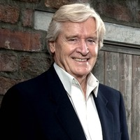 Viewers amused as Corrie's Ken Barlow appears in Takeaway sketch
