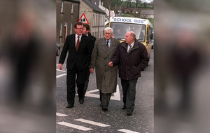 Seamus Mallon slept on a table during final days of Good Friday Agreement negotiations