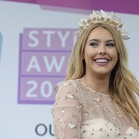 Co Armagh student drives away with style award on ladies day at Aintree