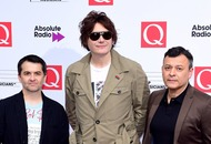 Manic Street Preachers could top album chart for first time in 20 years