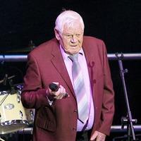 Tributes paid to `King' of Irish country music Big Tom