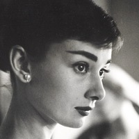 Audrey Hepburn's pearl earrings go up for auction