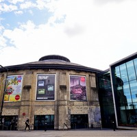 Sir Ken Robinson teams up with Roundhouse to get young people into the arts