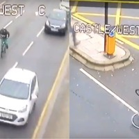Watch the dramatic moment civilians tackle cyclist fleeing police