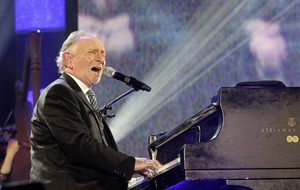 The Open University honours Phil Coulter