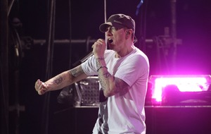 Rapper Eminem celebrates 10 years of sobriety