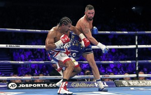 James Tennyson targets world title shot after stunning London win