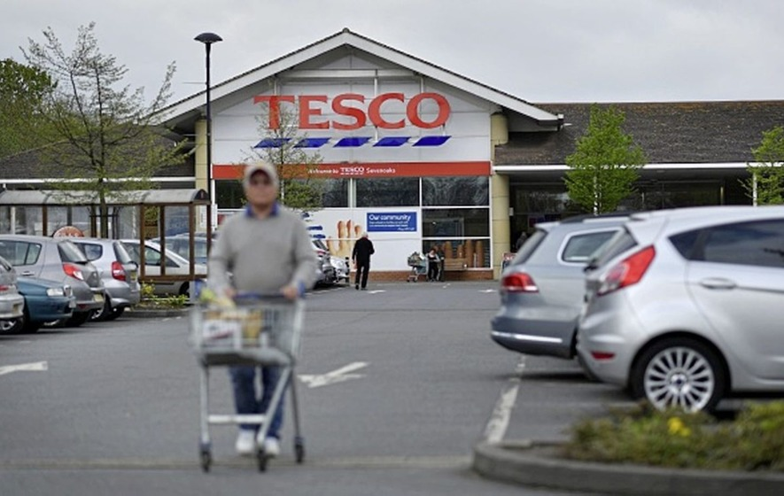 Discounters promise to stay cheaper in face of merger