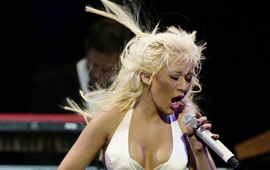Pop icon Christina Aguilera heading to St. Louis for Liberation tour