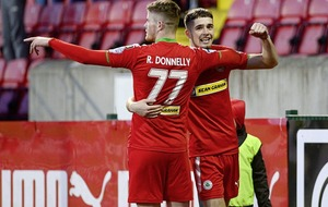 Cliftonville and Glentoran to meet for Europa League spot