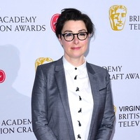 Sue Perkins tickles Bafta audience with opening speech