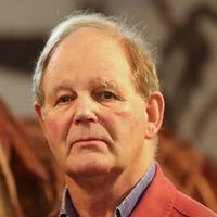Sir Michael Morpurgo reveals radiotherapy treatment