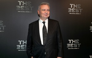 Eamonn Holmes hopes for dry day as he prepares to collect his OBE