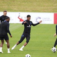 Everyone's trying to work out how many keepy-ups Marcus Rashford just did