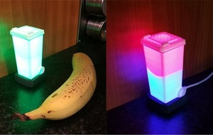 This ingenious little lamp lights up to tell you which colour of bins to put out