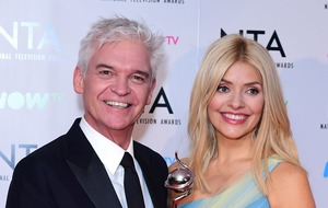 Holly Willoughby and 'silver fox' Phillip Schofield make Corrie cameo