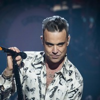 Robbie Williams to open World Cup despite Party Like A Russian track