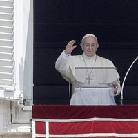 Pope Francis: How to see the pontiff