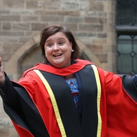 Strictly star Susan Calman collects honorary degree from Glasgow University