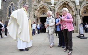 Worshippers flock to west Belfast for first day of Clonard Novena