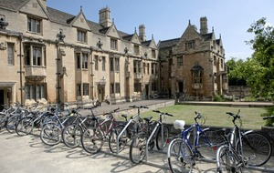 Oxford targets north's students with summer school