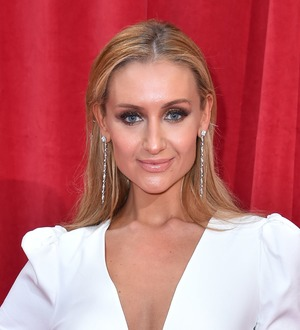 Catherine Tyldesley thanks 'beautiful Corrie family' as she exits the cobbles