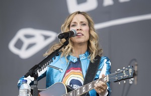 Sheryl Crow blasts Trump immigration policy at Isle of Wight Festival