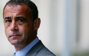 'Devastating' life or death decision for Corrie's Kevin Webster