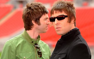 Liam Gallagher appears to extend olive branch to brother Noel