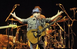 Jake O'Kane: Size matters at a Paul Simon gig, especially for female fans in the gents'