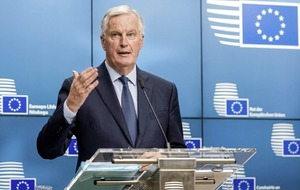 Michel Barnier 'ready to improve' EU proposal on Irish border