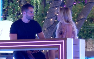 Love Island's Paul tells Laura he once kissed Britney Spears