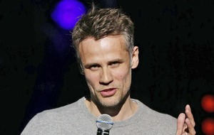 Richard Bacon's mother praises NHS staff for saving the stricken star's life