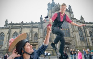 Edinburgh Fringe to have contactless technology to tip street performers