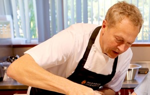 TV chef Nick Nairn blames oil slump for Aberdeen pizza bar closure