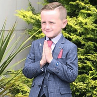 Eight-year-old dies in car crash just weeks after First Holy Communion