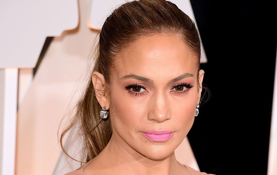 Jennifer Lopez Will Be Awarded MTV's Vanguard Award""