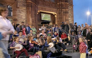 Traditional music fans urged to use public transport for Drogheda Fleadh