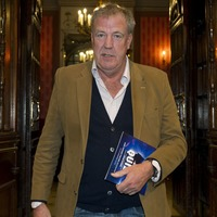 Jeremy Clarkson compares himself to The Hoff in seaside snap