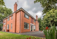 Property: Stranmillis gem rich in detail