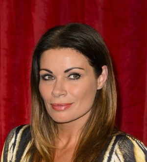Corrie fans delighted as Peter and Carla kiss