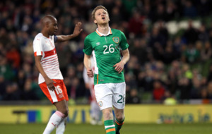 Leeds United leave former captain Eunan O'Kane looking for a new club