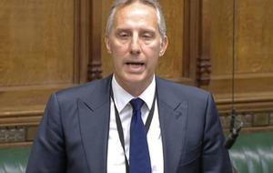 Ian Paisley says his conduct is not a resigning matter