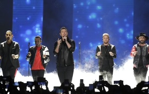 Backstreet Boys fans injured in US storm